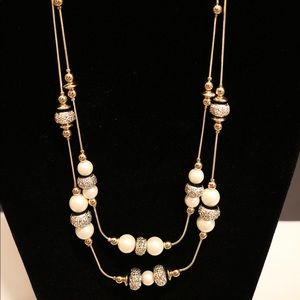 New w tags Dillard's pearl & silver layer necklace